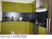 Кухня. Стоковое фото, фотограф Дмитрий Сарычев / Фотобанк Лори