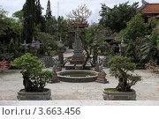 Купить «Буддийский храм в городе Нячянг во Вьетнаме», фото № 3663456, снято 20 февраля 2011 г. (c) Раппопорт Михаил / Фотобанк Лори