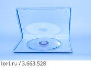 Пластиковая коробка с лазерным диском. Стоковое фото, фотограф Евгений Егоров / Фотобанк Лори