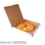 Купить «Пицца в коробке на белом фоне», фото № 3674532, снято 16 октября 2011 г. (c) Яков Филимонов / Фотобанк Лори