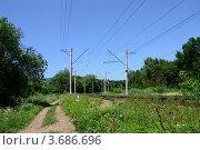 Купить «Железная дорога в окрестностях Пятигорска», фото № 3686696, снято 20 июля 2012 г. (c) Валерий Шилов / Фотобанк Лори