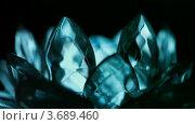 Купить «Меняющий цвет кристалл», видеоролик № 3689460, снято 30 июня 2010 г. (c) Losevsky Pavel / Фотобанк Лори