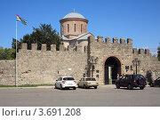 Купить «Патриарший собор в Пицунде», эксклюзивное фото № 3691208, снято 11 июля 2012 г. (c) Игорь Веснинов / Фотобанк Лори