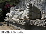 Купить «Будда лежащий в городе Нячянг во Вьетнаме», фото № 3691980, снято 20 февраля 2011 г. (c) Раппопорт Михаил / Фотобанк Лори