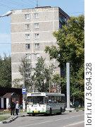 Купить «Балашиха, рейсовый автобус», эксклюзивное фото № 3694328, снято 12 августа 2011 г. (c) Дмитрий Неумоин / Фотобанк Лори