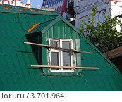 Заколоченное окошко в Измайловском кремле. Москва (2012 год). Редакционное фото, фотограф lana1501 / Фотобанк Лори
