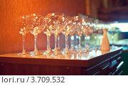 Купить «Пустые бокалы», фото № 3709532, снято 24 марта 2012 г. (c) Никончук Алексей / Фотобанк Лори