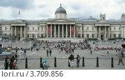Купить «Туристы в Лондоне, таймлапс», видеоролик № 3709856, снято 21 сентября 2010 г. (c) Losevsky Pavel / Фотобанк Лори