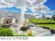 """Купить «Вид на фонтан """"Самсон"""" и Большой дворец. Петергоф», фото № 3714428, снято 28 июня 2012 г. (c) Vitas / Фотобанк Лори"""