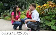 Купить «Девочка пускает мыльные пузыри», видеоролик № 3725368, снято 6 сентября 2010 г. (c) Losevsky Pavel / Фотобанк Лори