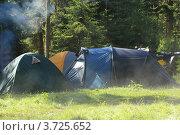 Купить «Утро в палаточном лагере», эксклюзивное фото № 3725652, снято 11 июня 2012 г. (c) Rekacy / Фотобанк Лори
