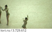 Купить «Гимнастки с лентами на XXX Чемпионате мира по художественной гимнастике», видеоролик № 3729612, снято 7 апреля 2011 г. (c) Losevsky Pavel / Фотобанк Лори