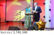 Купить «XIV церемония награждения Блокбастер  в гостинице Ренессанс», видеоролик № 3740348, снято 23 июня 2011 г. (c) Losevsky Pavel / Фотобанк Лори
