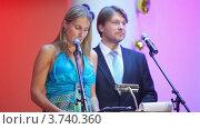 Купить «XIV церемония награждения Блокбастер  в гостинице Ренессанс», видеоролик № 3740360, снято 23 июня 2011 г. (c) Losevsky Pavel / Фотобанк Лори