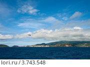 Купить «Вид с моря на остров Файал и город Орта, Азорские острова», фото № 3743548, снято 4 мая 2012 г. (c) Юлия Бабкина / Фотобанк Лори