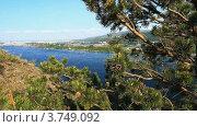 Купить «Летний пейзаж с рекой», видеоролик № 3749092, снято 19 июля 2012 г. (c) Юрий Пономарёв / Фотобанк Лори