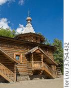 Купить «Москва, храм Георгия Победоносца в Коптево», фото № 3754432, снято 8 августа 2012 г. (c) ИВА Афонская / Фотобанк Лори