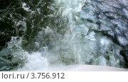 Купить «След от корабля на зимней реке», видеоролик № 3756912, снято 12 сентября 2011 г. (c) Losevsky Pavel / Фотобанк Лори