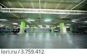 Купить «Машина с сиреной проезжает по подземной стоянке», видеоролик № 3759412, снято 15 мая 2011 г. (c) Losevsky Pavel / Фотобанк Лори