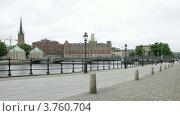 Купить «Люди проходят перед Vasabron в Стокгольме, таймлапс», видеоролик № 3760704, снято 18 августа 2011 г. (c) Losevsky Pavel / Фотобанк Лори