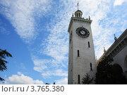 Часовая башня железнодорожного вокзала города Сочи. Стоковое фото, фотограф Игорь Белов / Фотобанк Лори