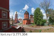 Купить «В Высоко-Петровском монастыре в Москве», фото № 3771304, снято 20 мая 2012 г. (c) Павел Широков / Фотобанк Лори