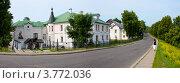 Купить «Панорама Суздаля, набережная реки и гостиница», фото № 3772036, снято 22 сентября 2019 г. (c) ElenArt / Фотобанк Лори
