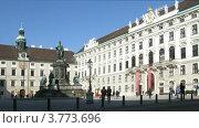 Купить «Памятник императору Францу, Австрия, таймлапс», видеоролик № 3773696, снято 3 марта 2012 г. (c) Losevsky Pavel / Фотобанк Лори