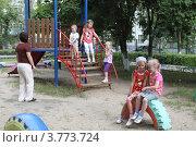 Купить «Дети в детском саду», эксклюзивное фото № 3773724, снято 25 июля 2012 г. (c) Дмитрий Неумоин / Фотобанк Лори