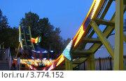 Купить «Аттракционы в парке Сокольники(таймлапс)», видеоролик № 3774152, снято 10 января 2012 г. (c) Losevsky Pavel / Фотобанк Лори
