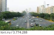 Купить «Машины едут по шоссе по направлению к мосту Гуанчжоу, таймлапс днем», видеоролик № 3774288, снято 17 января 2012 г. (c) Losevsky Pavel / Фотобанк Лори