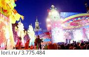 Купить «Люди празднуют Масленицу», видеоролик № 3775484, снято 28 декабря 2011 г. (c) Losevsky Pavel / Фотобанк Лори