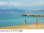 Купить «Пляж на Лазурном побережье Франции, Канны», фото № 3777188, снято 13 июня 2010 г. (c) ElenArt / Фотобанк Лори