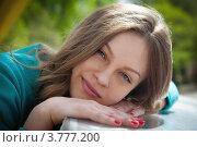 Купить «Портрет привлекательной девушки в летний день», фото № 3777200, снято 30 апреля 2012 г. (c) Иван Демьянов / Фотобанк Лори