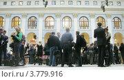 Гости в Гостином Дворе на церемонии награждения победителей премии Брэнд года EFFIE 2011, таймлапс (2012 год). Редакционное видео, видеограф Losevsky Pavel / Фотобанк Лори