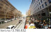 Купить «Пассажиры едут по улицам Мадрида в открытом автобусе, таймлапс», видеоролик № 3780832, снято 19 апреля 2012 г. (c) Losevsky Pavel / Фотобанк Лори