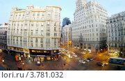 Купить «Здание компании Telefonika стоит напротив кафе, Мадрид, таймлапс», видеоролик № 3781032, снято 19 апреля 2012 г. (c) Losevsky Pavel / Фотобанк Лори