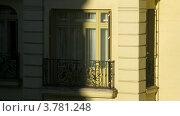 Купить «Тень находит на здание, таймлапс», видеоролик № 3781248, снято 20 апреля 2012 г. (c) Losevsky Pavel / Фотобанк Лори