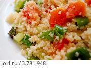 Салат из кускуса и болгарского перца. Стоковое фото, фотограф Вакулин Сергей / Фотобанк Лори