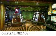 Купить «Движение через пустое казино с автоматами», видеоролик № 3782108, снято 13 июля 2012 г. (c) Losevsky Pavel / Фотобанк Лори