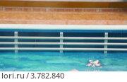 Купить «Мальчик плавает в бассейне», видеоролик № 3782840, снято 18 мая 2012 г. (c) Losevsky Pavel / Фотобанк Лори