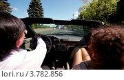 Купить «Мужчина и женщина сидят в кабриолете и едут по дороге в летний день», видеоролик № 3782856, снято 22 апреля 2012 г. (c) Losevsky Pavel / Фотобанк Лори
