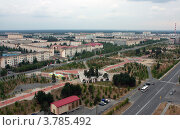 Вид на Рябиновый бульвар, г. Когалым (2012 год). Стоковое фото, фотограф Бордачёва Светлана / Фотобанк Лори