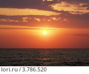 Купить «Морской закат в Абхазии», фото № 3786520, снято 9 августа 2006 г. (c) Евгений Ткачёв / Фотобанк Лори
