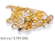 Купить «Разнообразные золотые украшения», фото № 3791656, снято 12 июля 2012 г. (c) Elnur / Фотобанк Лори