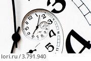 Купить «Спиральный циферблат со стрелками», иллюстрация № 3791940 (c) Liseykina / Фотобанк Лори