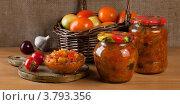 Консервирование овощей - закуска из кабачков и баклажанов. Стоковое фото, фотограф Архипова Мария / Фотобанк Лори