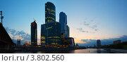 Купить «Москва-Сити на рассвете», фото № 3802560, снято 20 апреля 2019 г. (c) Яков Филимонов / Фотобанк Лори