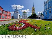 Коломна, храмы на территории кремля (2009 год). Редакционное фото, фотограф Владимир Фалин / Фотобанк Лори