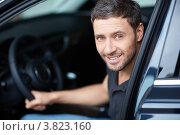 Купить «Портрет мужчины за рулём автомобиля», фото № 3823160, снято 4 августа 2012 г. (c) Raev Denis / Фотобанк Лори